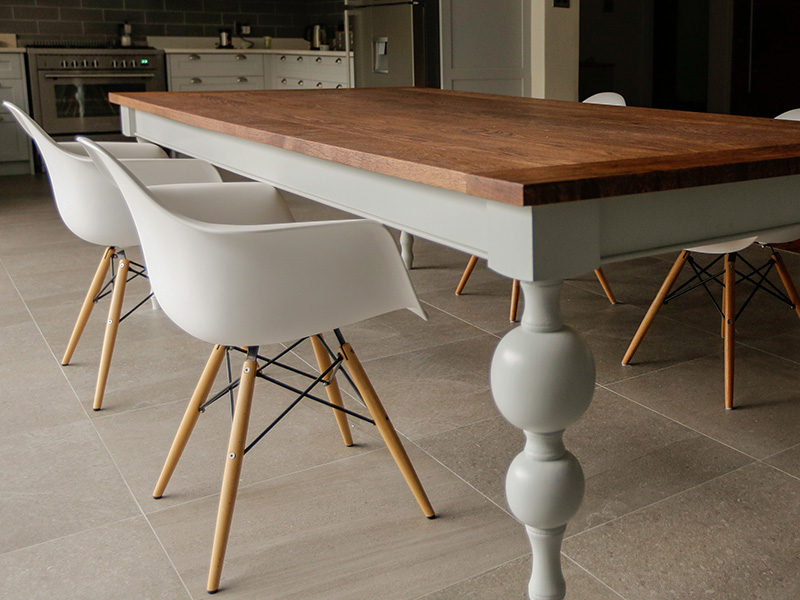 Modern Classic Turned Leg Dining Room Table With An Aged Solid Oak Top